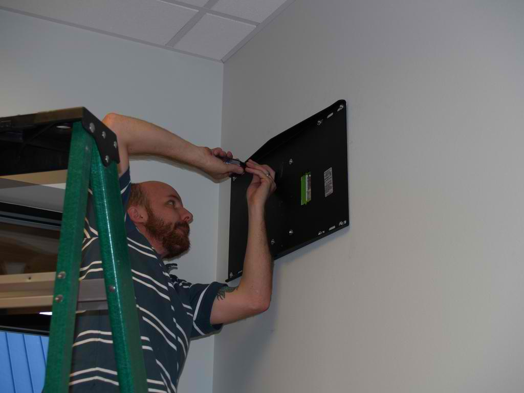 Onsite Hardware Installations and Rollouts